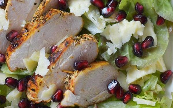 Салаты с курицей на Новый год 2022: рецепты с фото